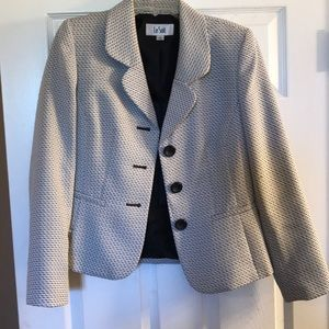 Blazer and pants that are perfect for work
